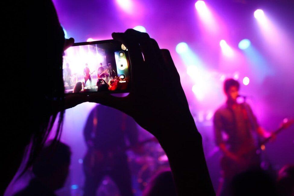 artistas que se hicieron famosos por las redes sociales
